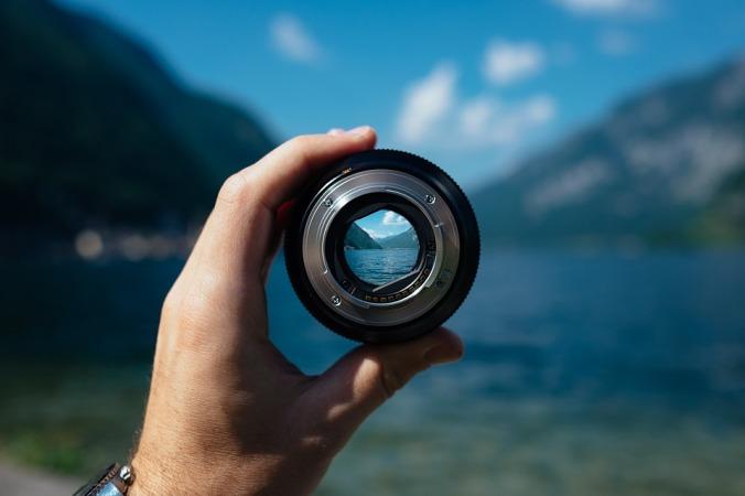 lens-1209823_960_720